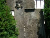 polanczyk-pozostalosci-cmentarza-przycerkiewnego-2